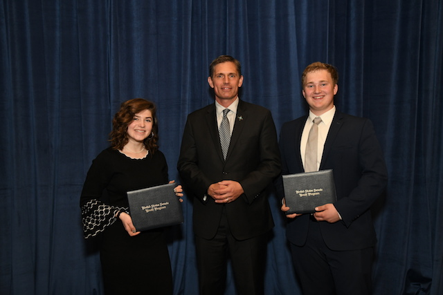 (U.S. Senator Martin Heinrich (D-N.M.) meets with New Mexico's United States Youth Senate Program delegates, March 6, 2019.)