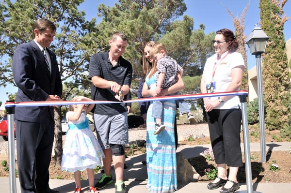 PHOTO: Heinrich Attends Ribbon Cutting Ceremony For First Housing